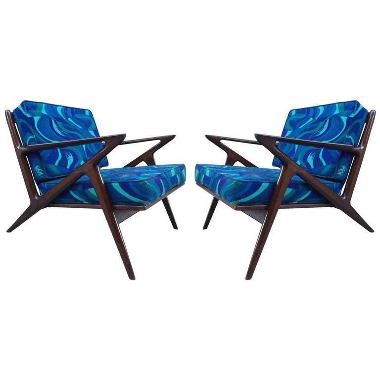 Pair Of Z Lounge Chairs By Poul Jensen For Selig For Sale At 1stdibs
