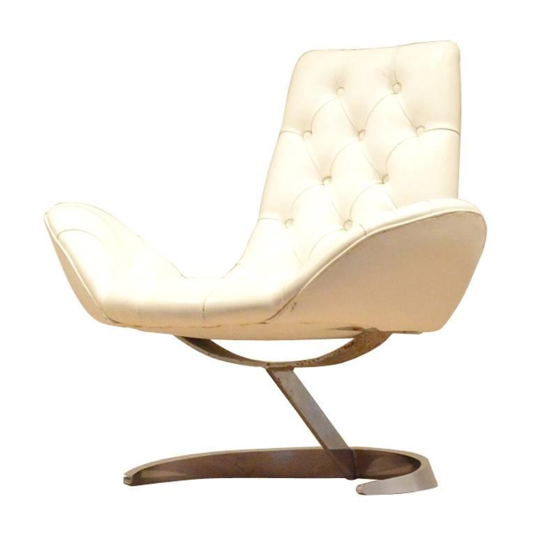 French 1970s Space Age White Wing Shaped Easy Chair by Boris Tabacoff