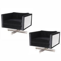 Pair of 1970s Mid-Century Modern Lounge Chairs in the Style of Milo Baughman