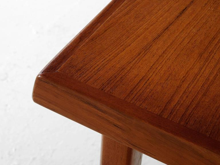 Dining Table in Teak For Sale 1