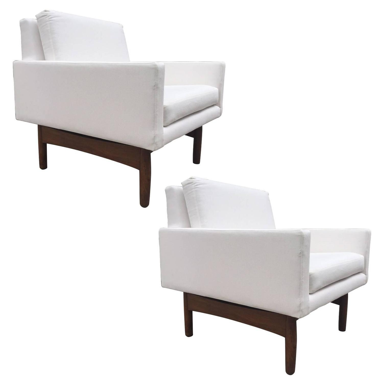 Pair Of Jens Risom Lounge Chairs For Sale At 1stdibs