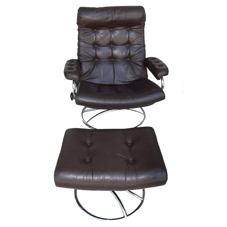 Amazing Ekornes Stressless Chair And Ottoman, 1972 For Sale