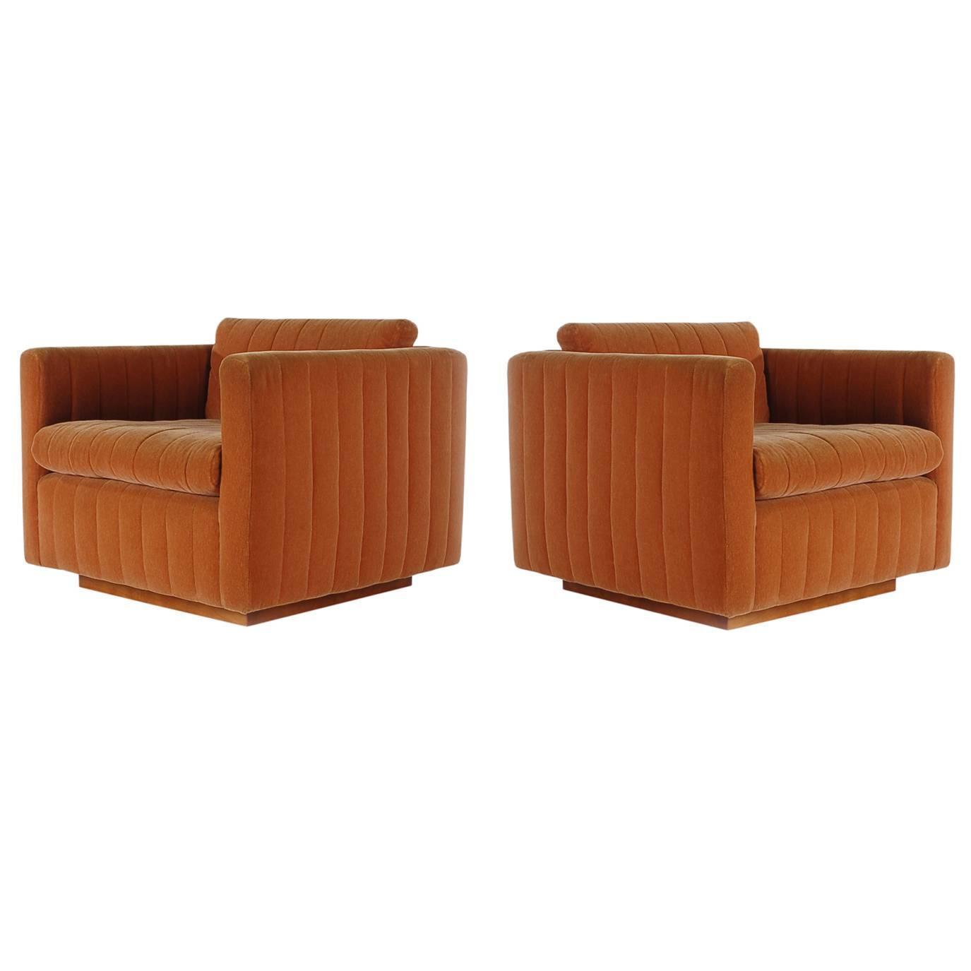 Oversized round swivel lounge chair mid century modern at 1stdibs - Mid Century Modern Milo Baughman Art Deco Cube Club Lounge Chairs