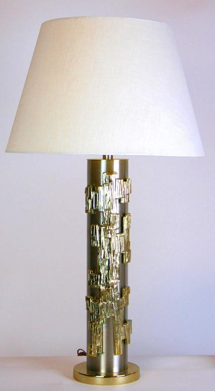 Mid-Century Modern Rare Pair of Mid-Century Stainless Steel and Brass Lamps For Sale