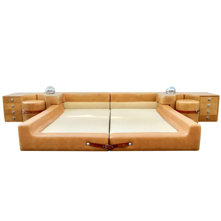 Rare Pace Leather King Bed by Guido Faleschini at 1stdibs
