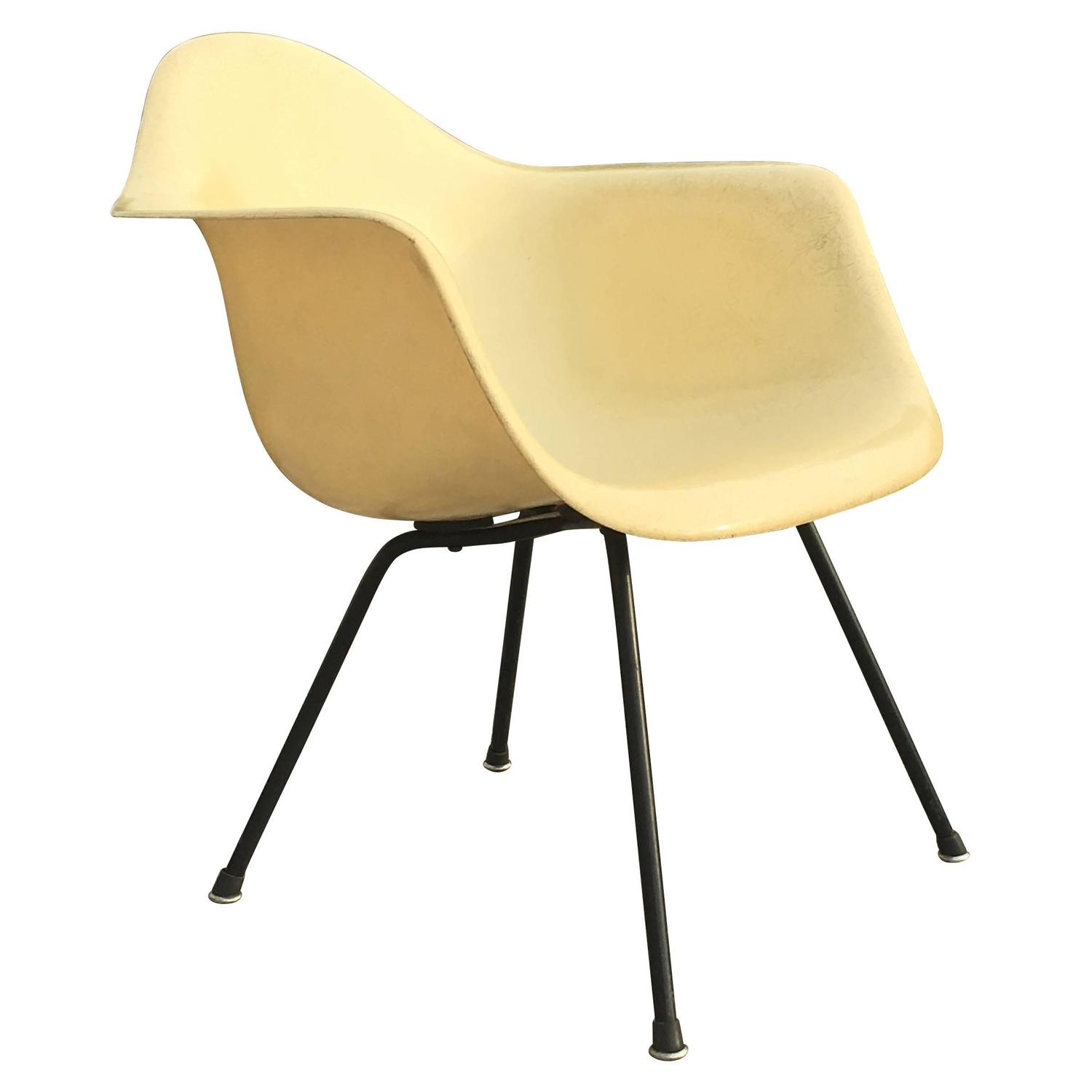 Herman Miller Eames Zenith LAX Lounge Chair in Parchment at 1stdibs