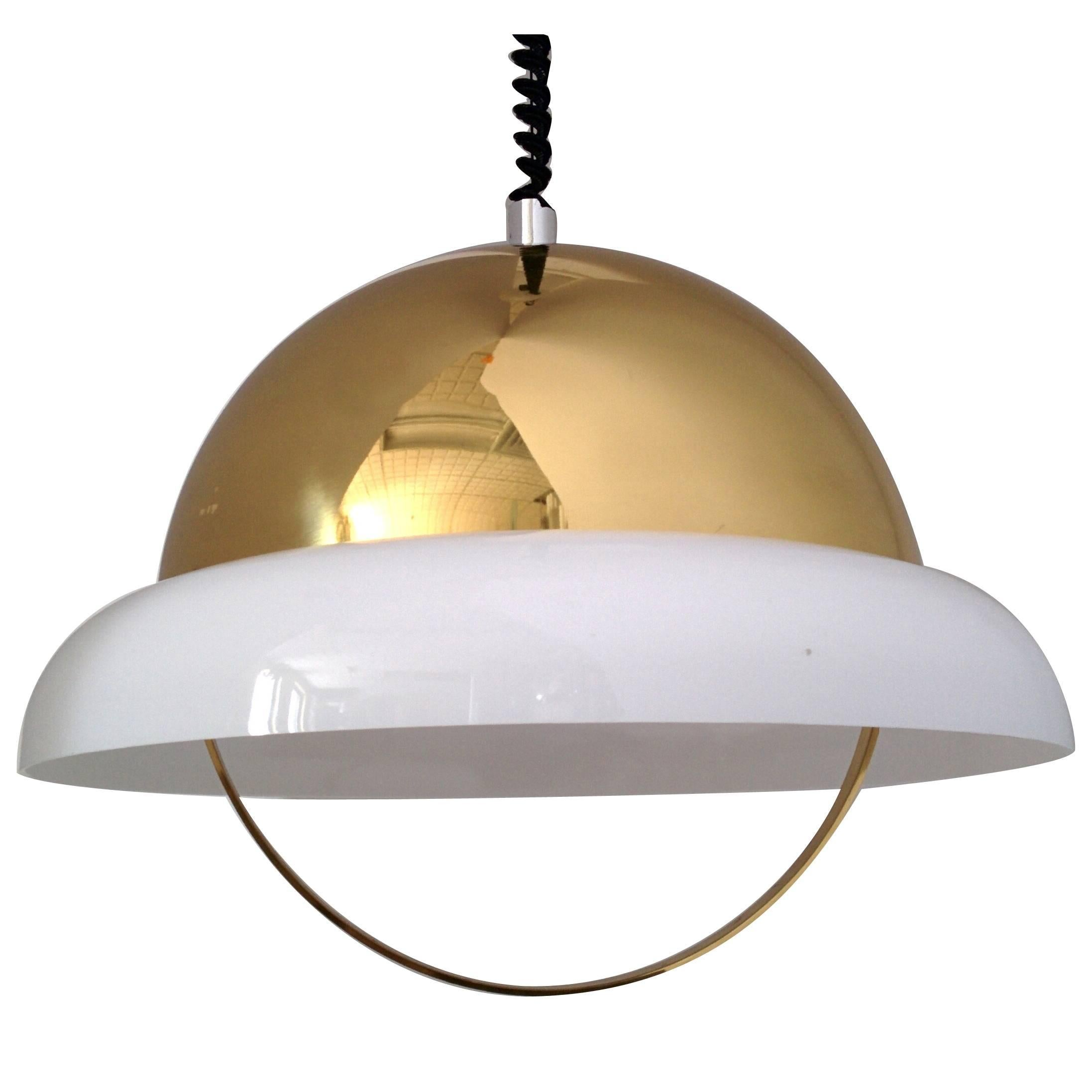Reggiani Brass and Perspex Chandelier, Mid-Century 1960s, Italy
