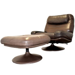Vintage De Sede Lounge Swivel Armchair and Ottoman