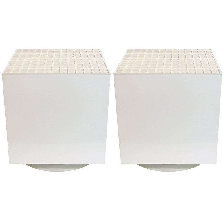 Pair of Italian White Cube Lamps by Cini & Nils