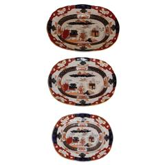Set of Three Mason's Graduated Platters, Staffordshire, circa 1825