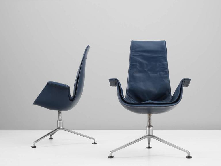 Fabricius & Kastholm Set of Two Blue Leather Tulip Chairs For Sale 1
