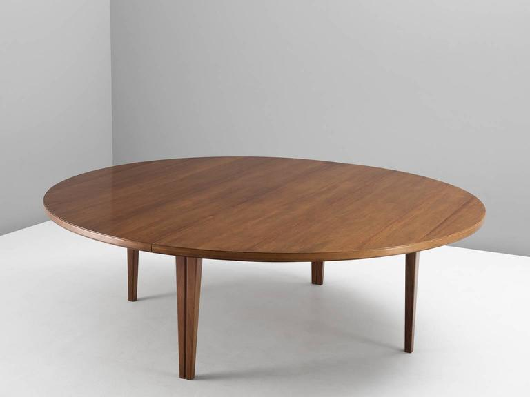 Large Cm Inches Round Conference Table In Rosewood For - Large round meeting table