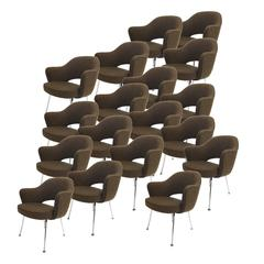 Executive Armchairs Designed by Eero Saarinen for Knoll in Brown Tweed