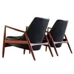 Ib Kofod-Larsen Set of Two 'Seal' Lounge Chairs in Black Leather