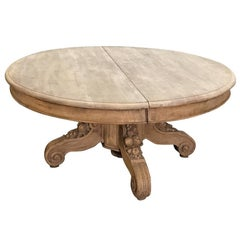 19th Century Renaissance Hand-Carved Stripped Oak Coffee Table with Della Robia