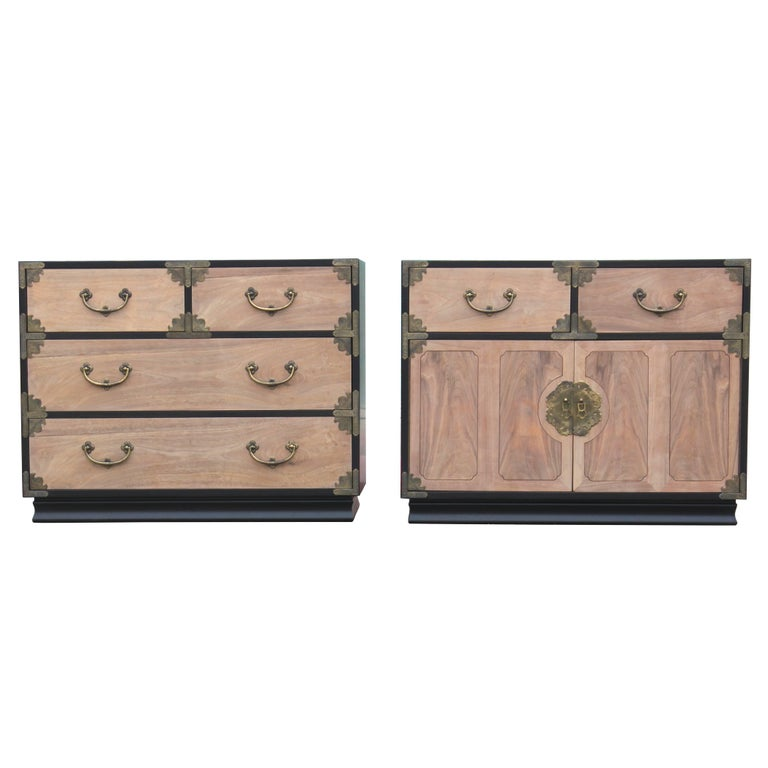 Pair Of Henredon Two Tone Bachelors Chests Nightstands W