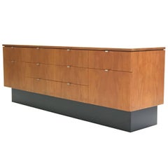 Florence Knoll Executive Teak Credenza on Plinth Base 1960