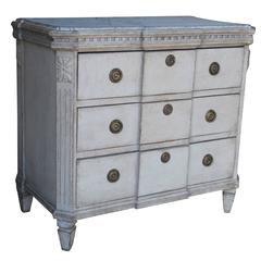 Swedish Gustavian Painted Breakfront Chest with Marbleized Top, 19th Century