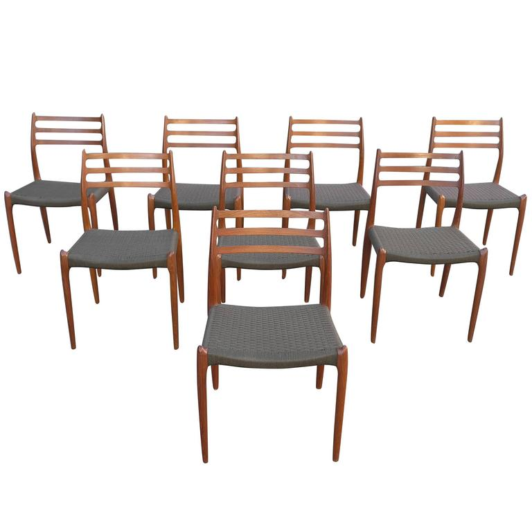 Set of Eight Dining Chairs in dark Teak, Model 78 by Niels O. Møller