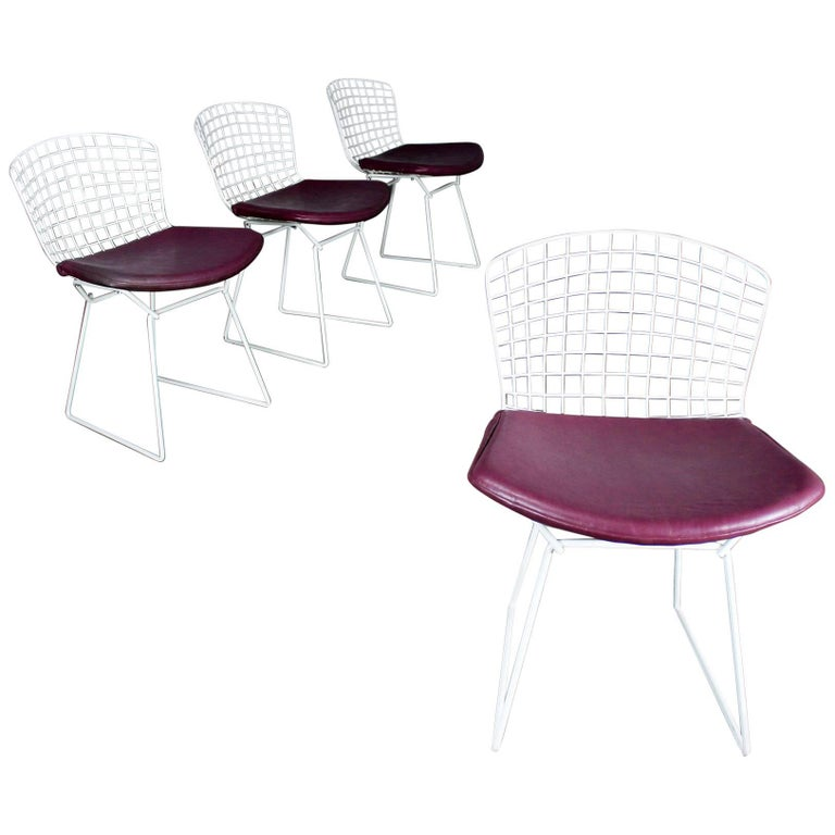 Vintage Mid-Century Modern Bertoia White Wire Side Chairs For Sale