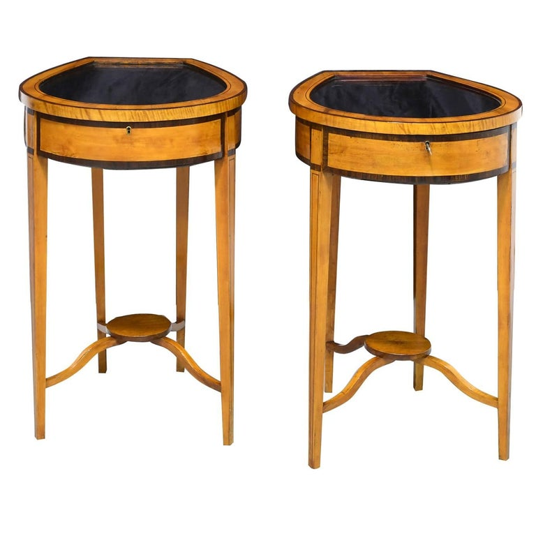 Pair of Edwardian Satinwood, Parcel-Ebonized Curio Tables, circa 1900 For Sale