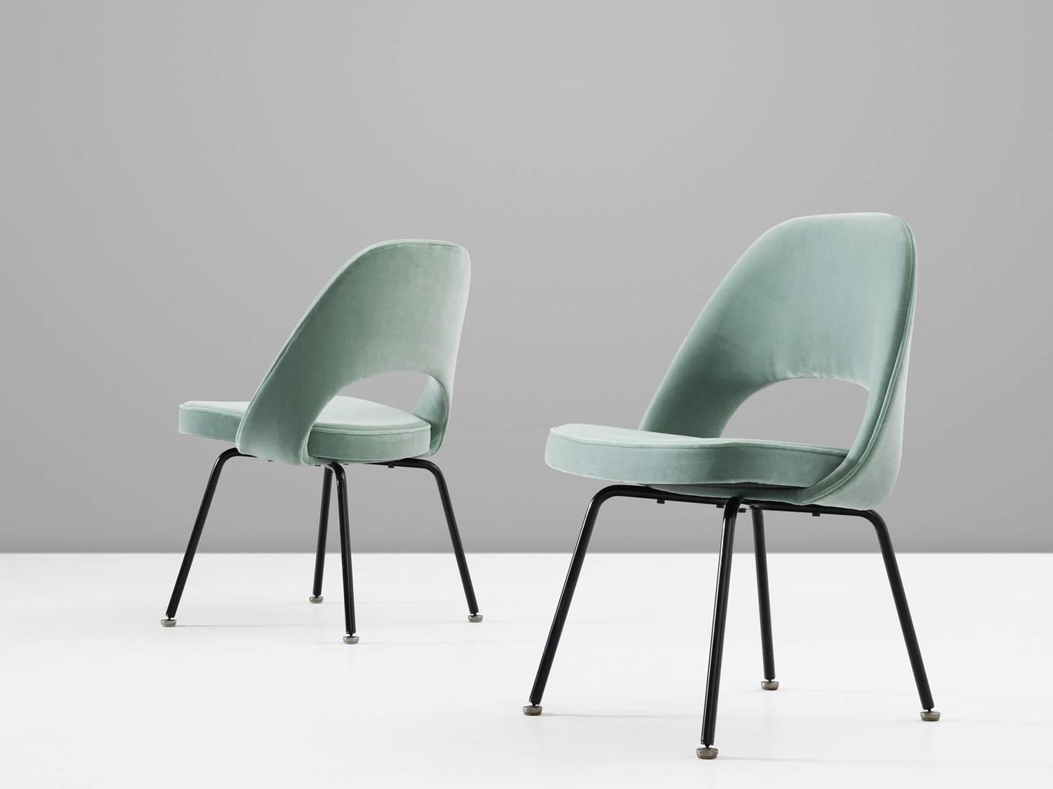 Eero saarinen set of eight reupholstered dining chairs for for Reupholstered chairs for sale
