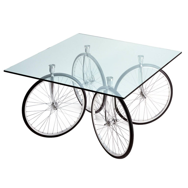 Tour Table with Glass Top Designed by Gae Aulenti for Fontana Arte For Sale