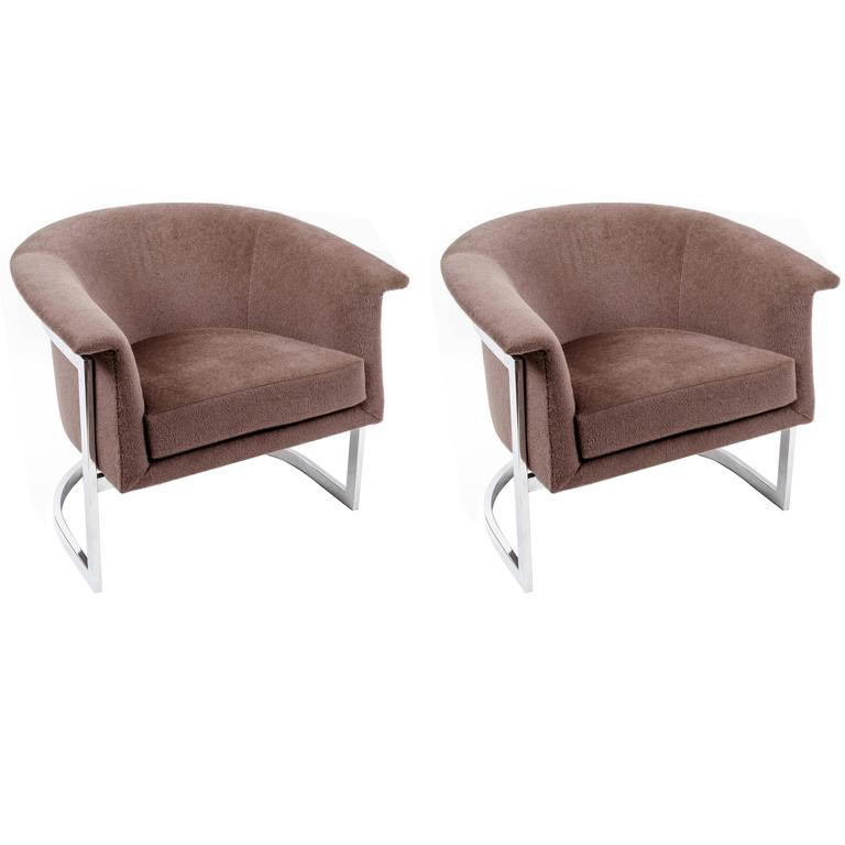 Pair of Chromed Steel Lounge Chairs in the Style of Milo Baughman 1