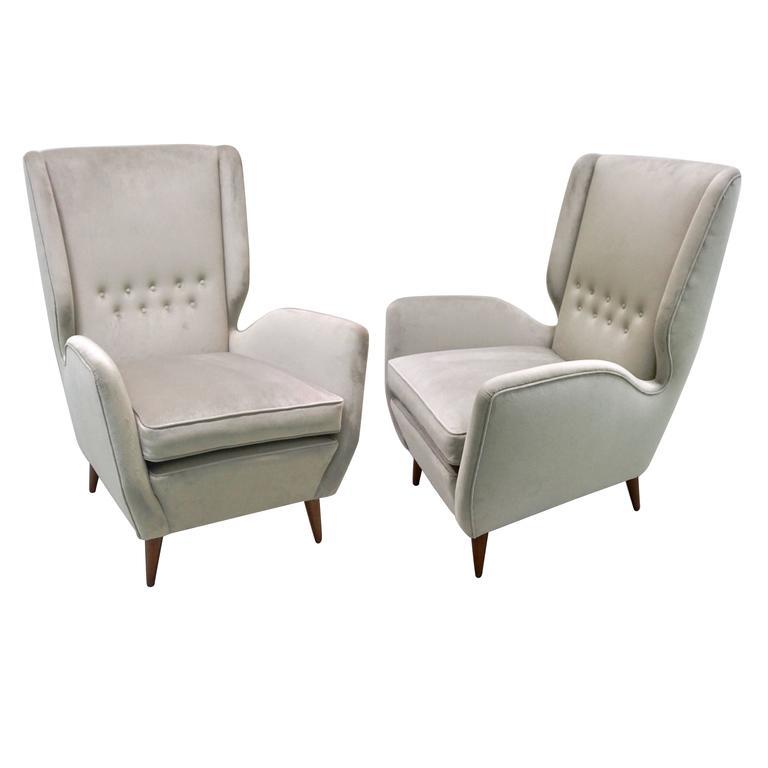 Gio Ponti 1940s Vintage Italian Pair of High Back Armchairs in Light Grey Velvet