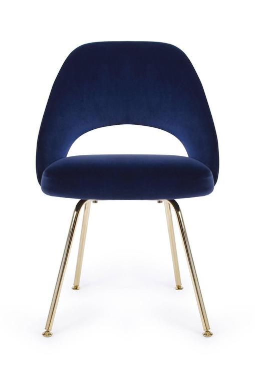 Delicieux American Saarinen Executive Armless Chair In Navy Velvet, 24k Gold Edition  For Sale