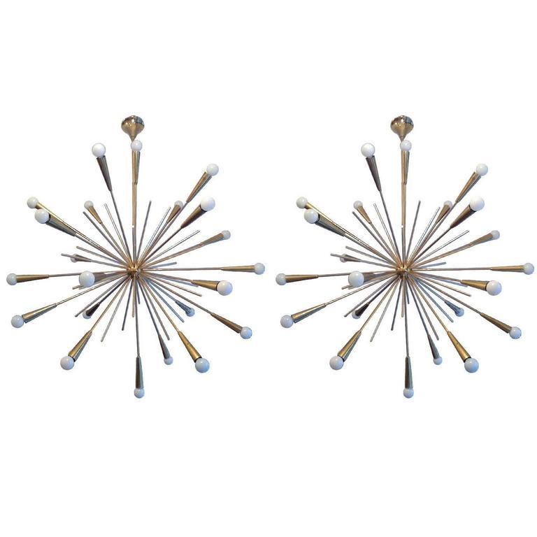 Pair of Large 1960s  Italian Mid Century Brass Starburst Sputnik Chandeliers 1