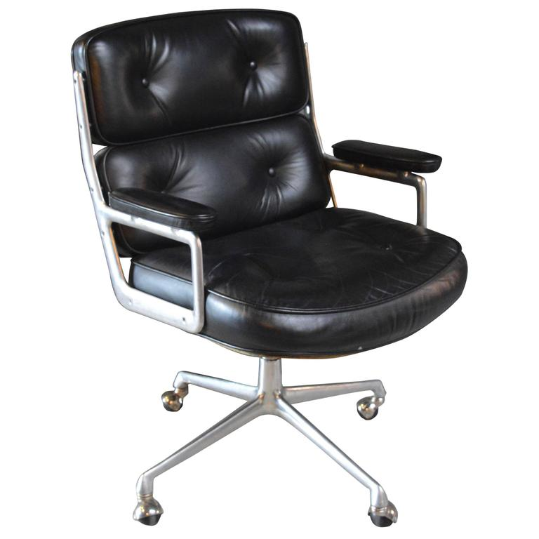 Vintage Black Leather Time Life Swivel Chair