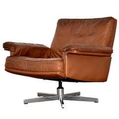 Vintage De Sede DS 35 Leather Swivel Lounge Armchair, Switzerland 1970`s