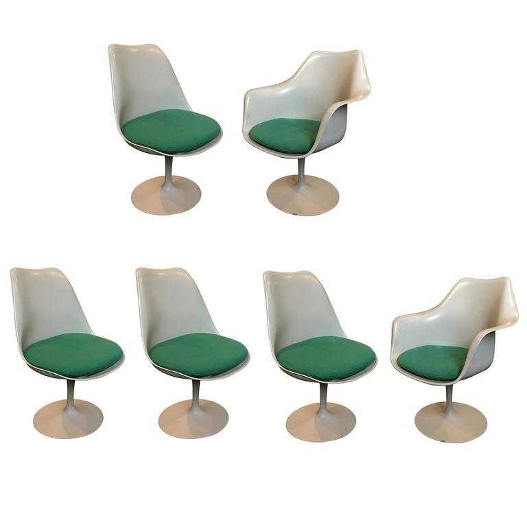 Set of Six Eero Saarinen Tulip Chairs, 1956 Knoll International For Sale