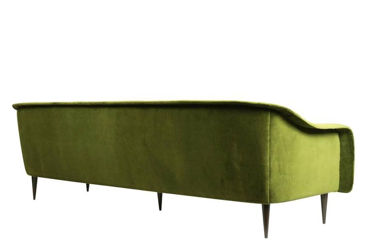 Brazilian Modern Sofa by Joaquim Tenreiro In Excellent Condition For Sale In Beverly Hills, CA