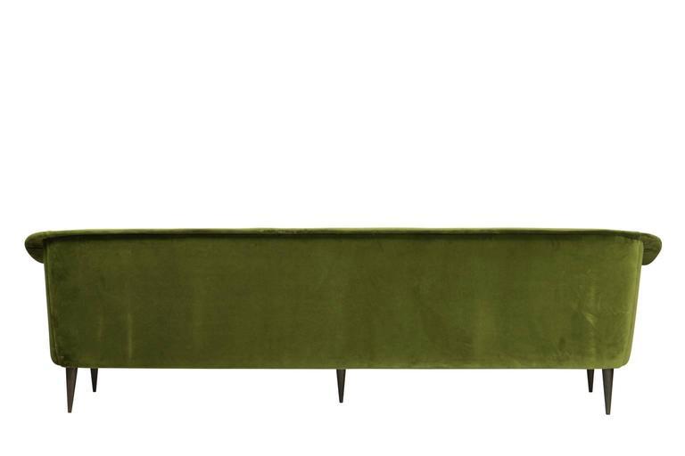 Mid-Century Modern Brazilian Modern Sofa by Joaquim Tenreiro For Sale