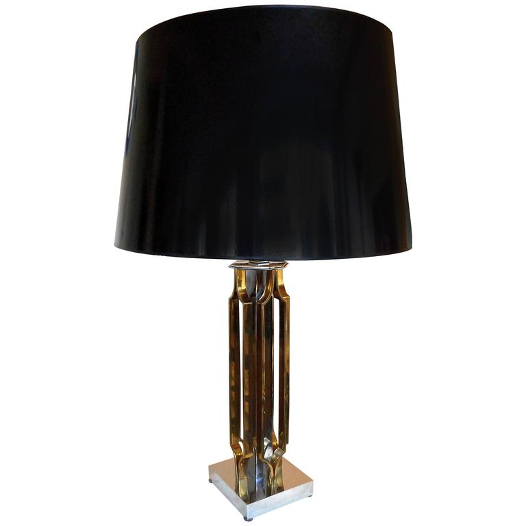 Important Sculptural Table Lamp by Willy Daro