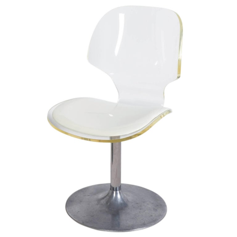 Hill Manufacturing Lucite Chair on Aluminium Tulip Base For Sale