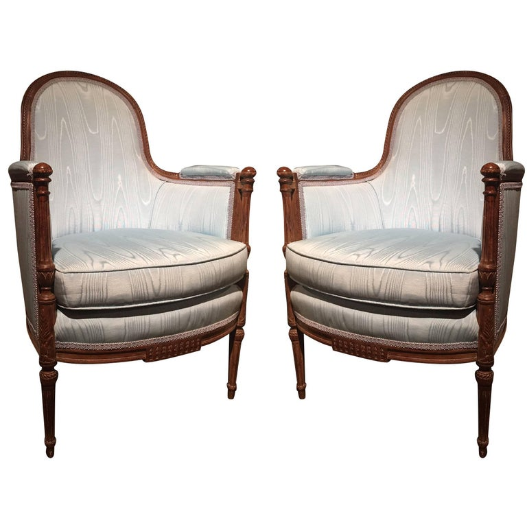 Pair of Italian Louis XVI Style Carved Bergère or Armchairs, 19th Century