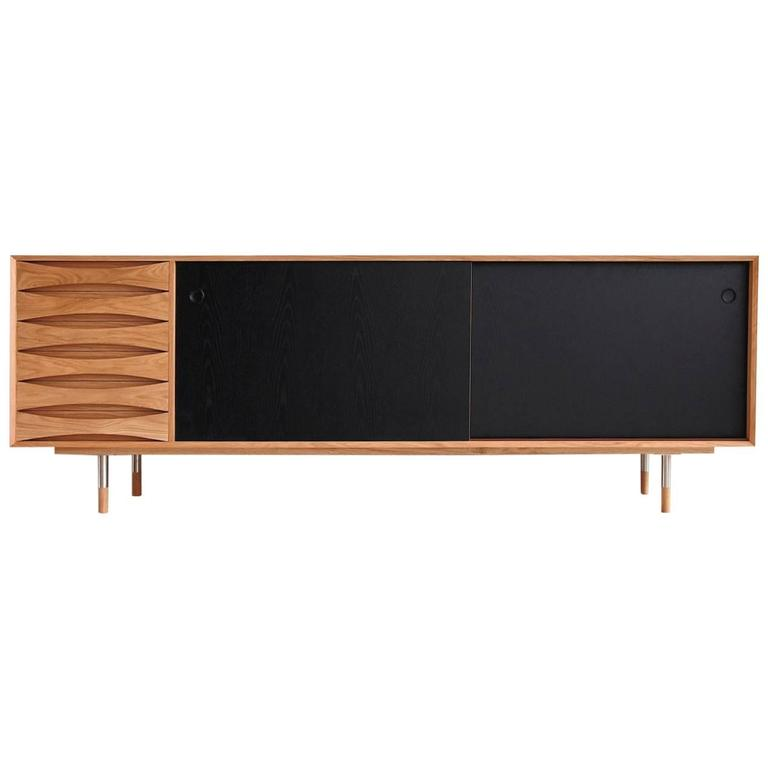 Scandinavian modern style oak sideboard with reversible for Sideboard scandi