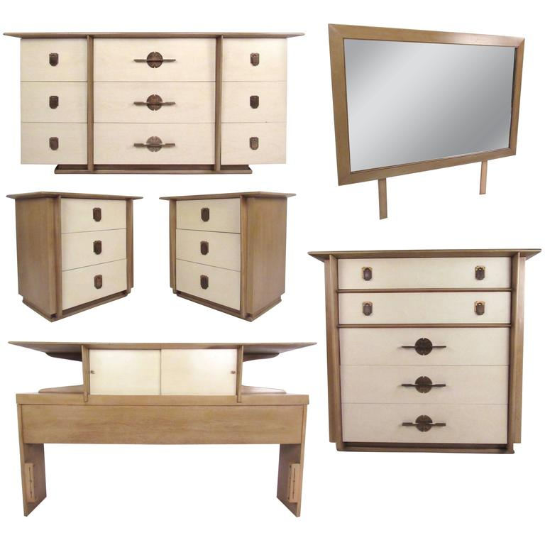Kent Coffey The Park Avenue Bedroom Set For Sale At Stdibs - Kent coffey bedroom furniture