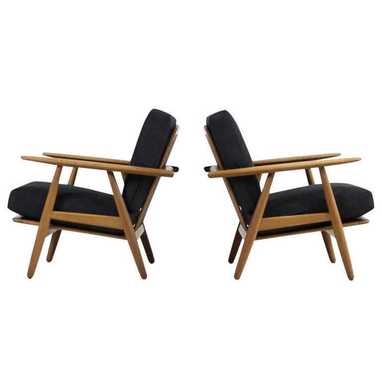 Beautiful 1950s Hans J. Wegner GE 240 Oak Cigar Easy Lounge Chairs & Ottoman