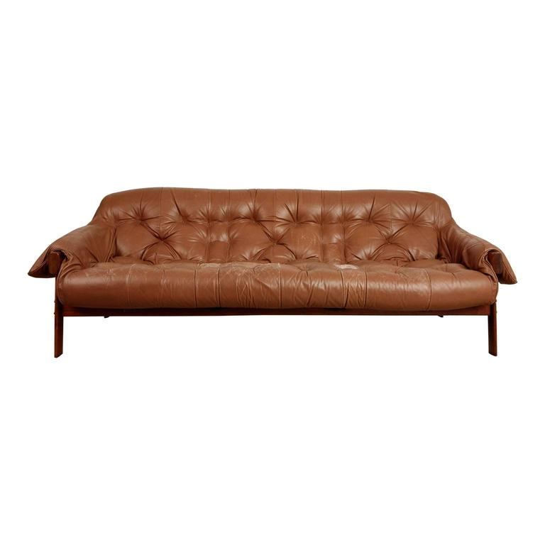 Charmant Percival Lafer Rosewood And Distressed Leather Tufted Sofa, Brazil, Circa  1960 For Sale