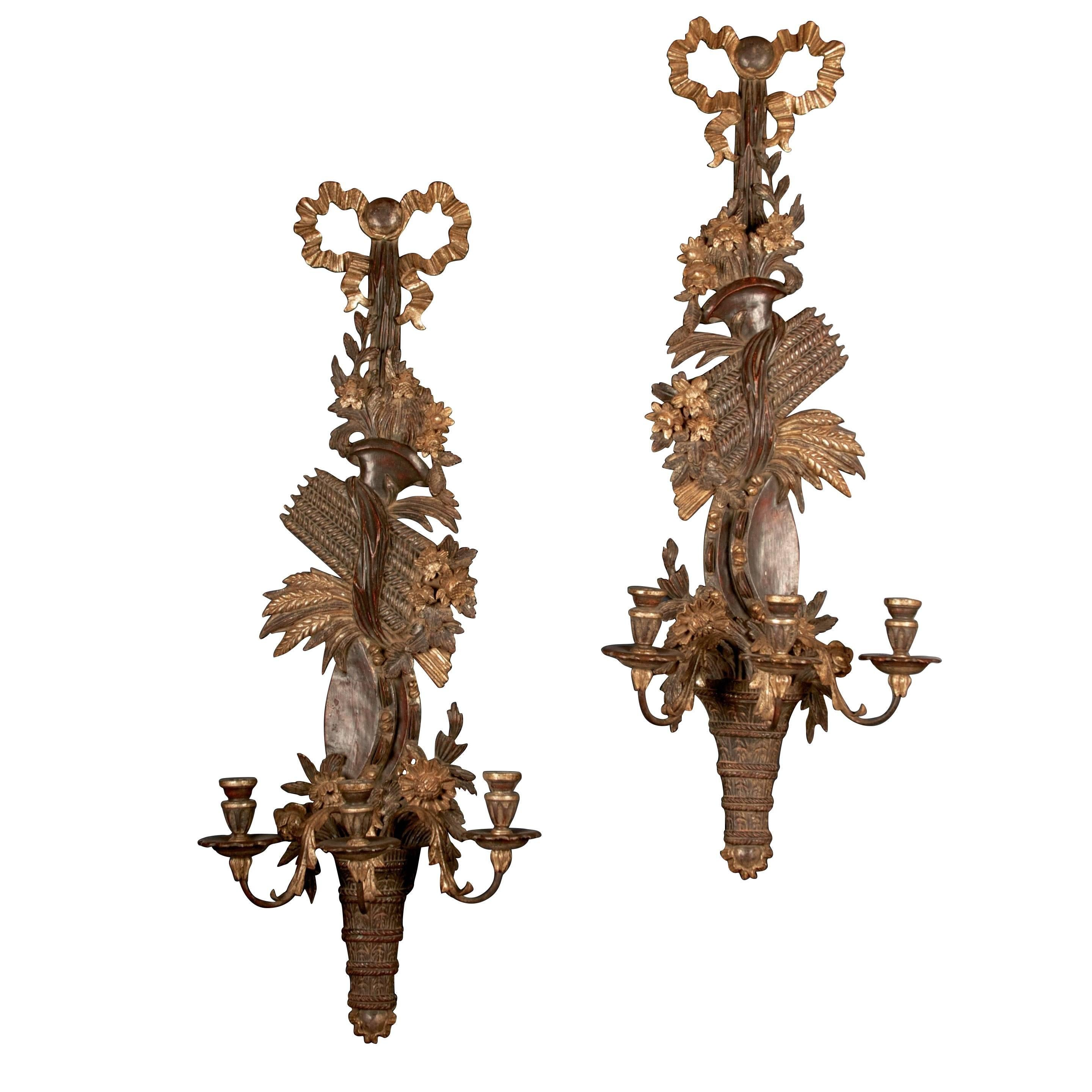 Pair of 19th Century English Regency Carved Giltwood Sconces or Wall Appliques