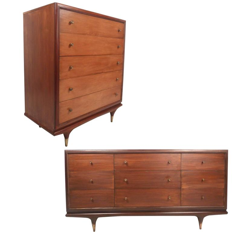 mid century modern bedroom set by kent coffey for sale at 1stdibs. Black Bedroom Furniture Sets. Home Design Ideas