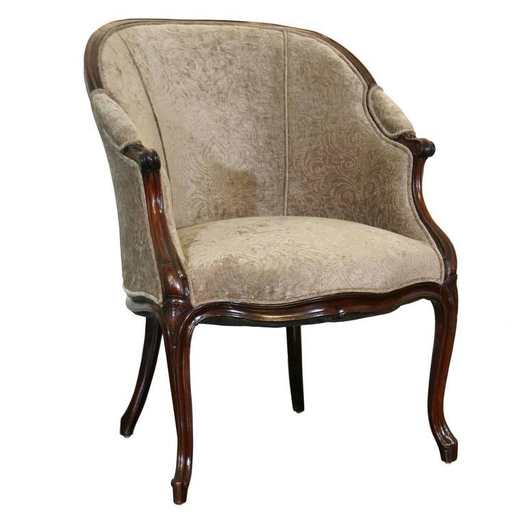 Hepplewhite Tub Chair