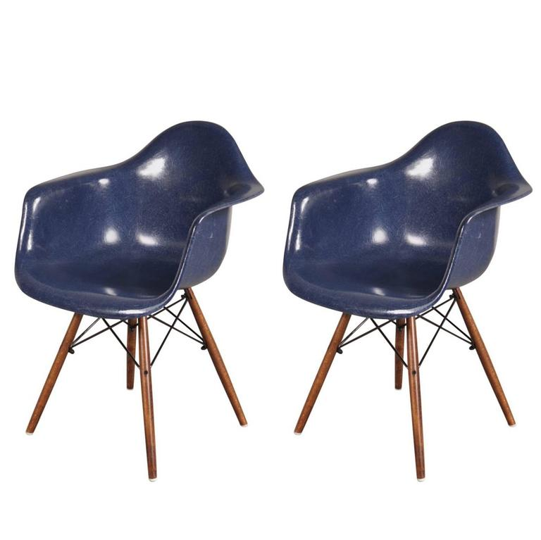 stock of daw chairs by charles and ray eames for herman. Black Bedroom Furniture Sets. Home Design Ideas