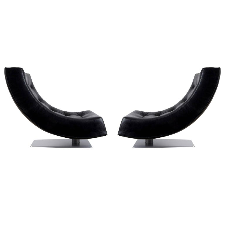 Large Modern Tufted Black Leather Swivel Scoop Lounge Chairs, Pair, circa 1980 For Sale