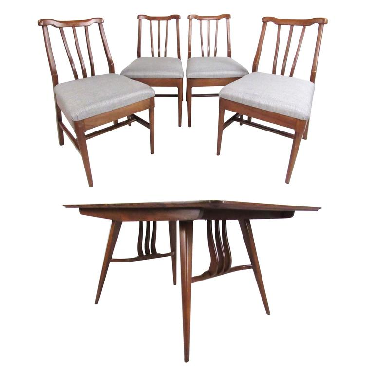 Vintage Modern Sculptural Walnut Dining Room Set For Sale