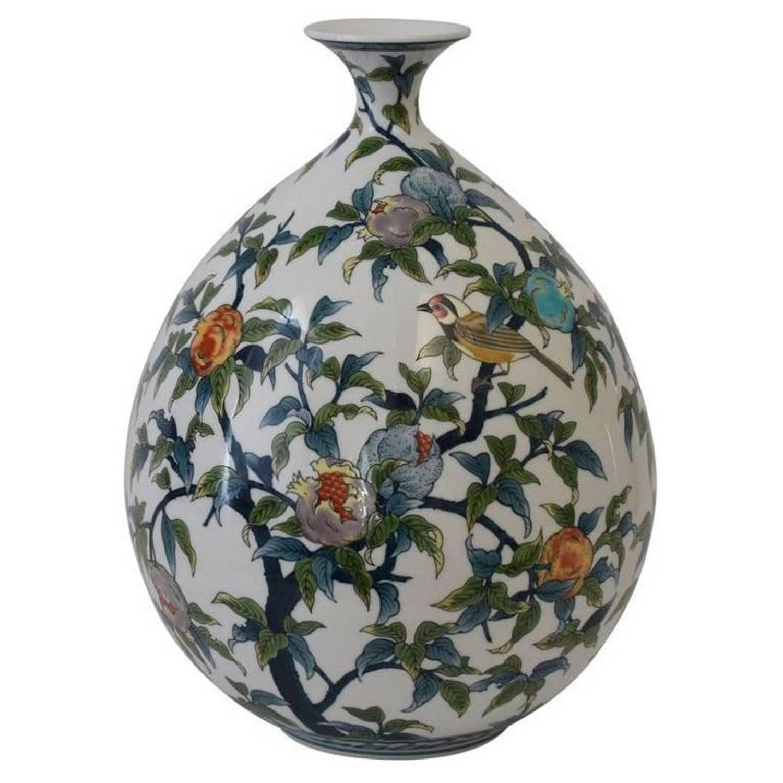 Large japanese hand painted decorative porcelain vase by master large japanese hand painted decorative porcelain vase by master artist reviewsmspy